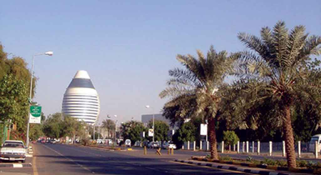 A street in central Khartoum. Photo: AFIS